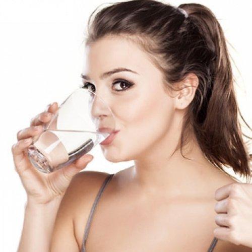Чому важливо пити воду?